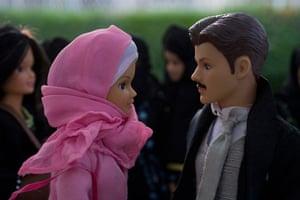 Muslima Exhibition: The Look IV - Boushra Almutawakel