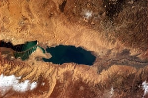 Chris Hadfield's images: Salt ponds and the Dead Sea