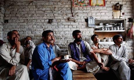 Pakistan elections: how Nawaz Sharif beat Imran Khan and