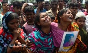 Bangladeshi family members mourn