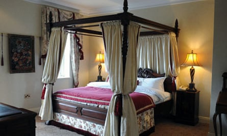 Four poster bed in the Nick Faldo suite at Lough Erne resort