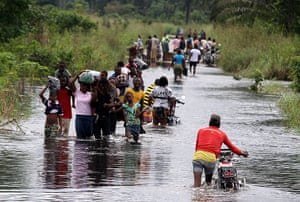 top 10 Natural Disasters: Displaced people : Flooding in the Niger Delta