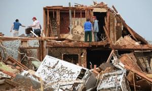 Tornado hits Moore, Oklahoma