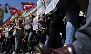Textile workers attend a demonstration organized by Unions in defence of collective agreements in Barcelona, this morning.