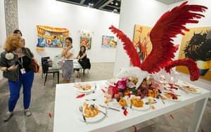 Art Basel: 'White Party' 2005 by Thai artist Sakarin Krue-On