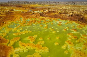 FTA: Siegfried Modola : Sulphur and mineral salt formations near Dallol