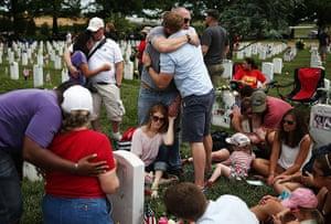 20 Photos: Memorial Day commemorated at Arlington National Cemetery, Virginia