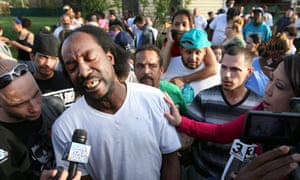 Neighbour Charles Ramsey tells the media how he helped Amanda Berry get free from the house and call 911.
