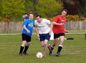 Three-sided football: Three-sided football6