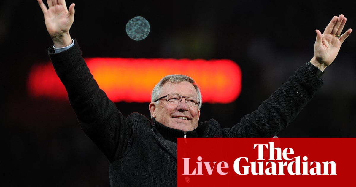 0c4c2a05d Alex Ferguson retires as manager of Manchester United – as it happened