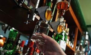 alcohol-minimum-price
