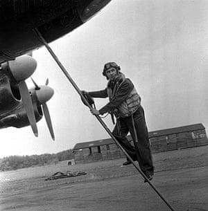 Bryan Forbes ladder aircraft