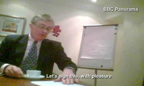 Patrick Mercer MP signs a contract with the fake lobbying company set up by BBC Panorama.