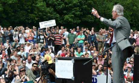 Michael Meacher addresses the fringe crowd.