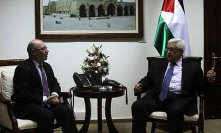 Alistair Burt meets Mahmoud Abbas