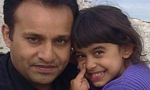 Safraz Khan with daughter Aamina Khan