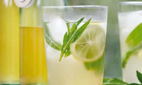 Hugh Fearnley-Whittingstall's lemon and mint cordial