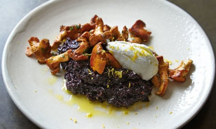 Yotam Ottolenghi's seared girolles with black glutinous rice