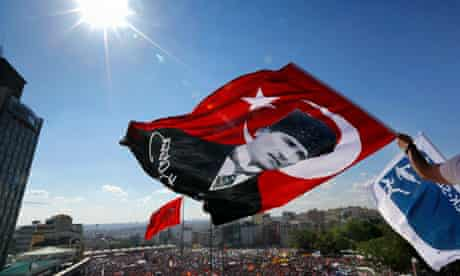 Protesters in Taksim square, Istanbul