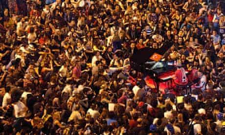 German pianist Davide Martello entertains protesters in Taksim Square
