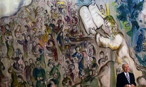 Shimon Peres in the Chagall hall of the Knesset
