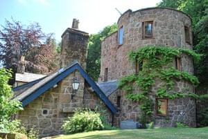 Cottages 15: Dovecote