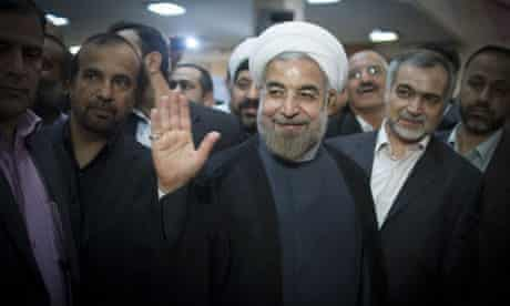 Hassan Rouhani chooses image of key to symbolise presidential campaign