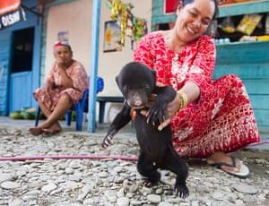 Illegal Wildlife Trade: in Sumatra, Indonesia