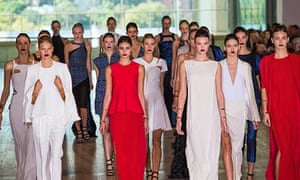 Models show off Lisa Ho's collection at the art gallery of NSW