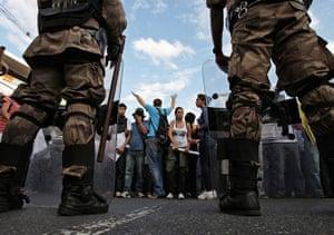 Brazil Protest:: Demonstrators face riot police