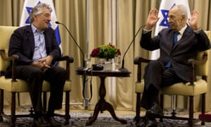 Peres meets De Niro at the president's residence for Peres' upcoming 90th birthday celebrations