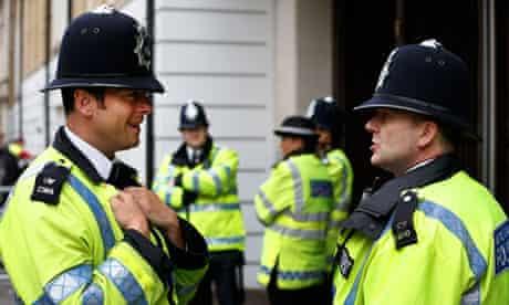 Met police officers