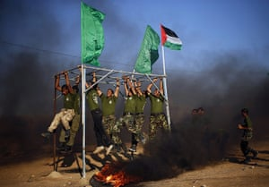 20 Photos: Young Palestinians take part in a military exercises in Rafah
