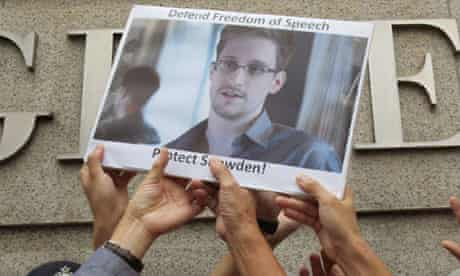 Edward Snowden supporters demonstrate outside the US consulate in Hong Kong
