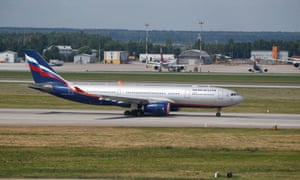 The Aeroflot Airbus A330 plane not carrying Edward Snowden leaves for Havana, Cuba. Unfortunately it is carrying numerous journalists now heading needlessly for Cuba. Follow events in our live blog.