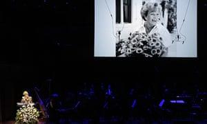 Sue Pieters-Hawke speaks at her mother Hazel Hawke's memorial service