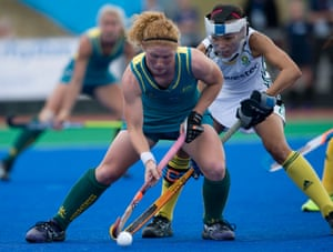 Australia's Georgia Nanscawen gets the ball in front of South Africa's Lenise Marais during the Investec World League Semi Finals, Chiswick, London.