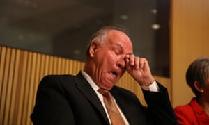 Tony Windsor resigns. The Global Mail.