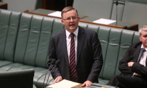 Anthony Albanese at the dispatch box for the first time as Deputy Prime Minister. The Global Mail.