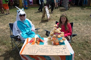 Glastonbury: Cup cakes for sale