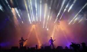 GLASTONBURY, ENGLAND - JUNE 28:  Alex Turner of The Arctic Monkeys performs at day 2 of the 2013 Glastonbury Festival at Worthy Farm on June 28, 2013 in Glastonbury, England.