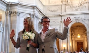 Gay marriages resume in California after five- year hiatus