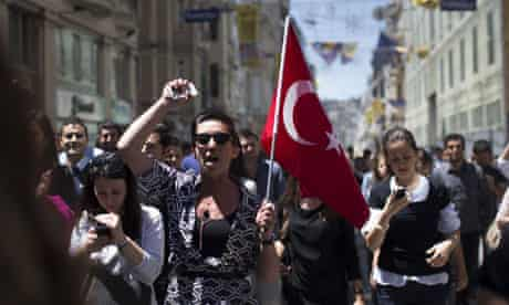 Istanbul protests continue in Turkey