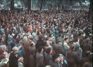 Queen's coronation 1953: Coronation Day Crowd