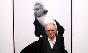 Bert Stern in 2011 in front of one of the Last Sitting portraits