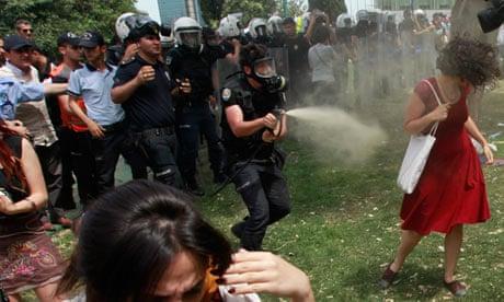 [Image: Turkish-riot-policeman-us-010.jpg?w=620&...429b1837c1]