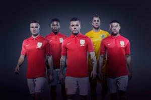 2013/14 kits: England Away Kit