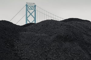 detroit petcoke: Petcoke piles along the Detroit river