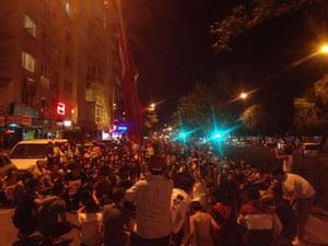 Turkey demonstrations: protestors from izmir