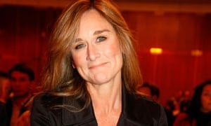 Burberry chief executive becomes first female at top of pay league